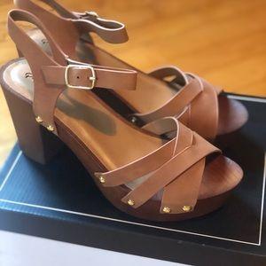Quaid Wooden Platform Heels